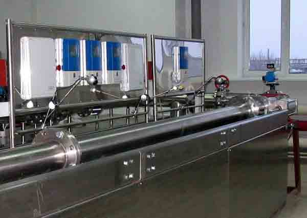 Flow measurement, flow measuring, flow metering, calibration test stand, volumetric flowmeter, mass flowmeter, ISO 4185, Promass X, Micro Motion CMFHC, Trio-Mass, Optimass 2000, Rotamass, reference meter, thermal mass, multiphase, coriolis, mass electromagnetic variable area ultrasonic vortex flowmeter, verification calibration test testing flowmeter, flowmeter calibration standards, weighing method, measurement liquid flow, liquid flow measurement, meter calibration, Komissarov Ltd, Metrology Systems EC, Endress+Hauser, Grundfos, Wilo, Ensembles de mesurage massiques directs de quantites de liquides OIML R 105,OIML R 49,流量測量,流量計校驗,校驗流量計,測試流量計,質量流量,體積流量,流量测量,流量计校验,校验流量计,测试流量计,流量测量,质量流量,体積流量, 流量計標定,  手段流量计的校准,  设备流量计标定, 流量計のキャリブレーション, IS0 4185, OIML R 105, OIML R 49, 水油流量表检定试验台, Water and Oil Flow Meter Calibration Test Bench,流量计标定试验台, 유량계 교정 테스트 벤치 , Medidores de flujo banco de pruebas de calibración, Medidores de Vazão banco de ensaio de calibração
